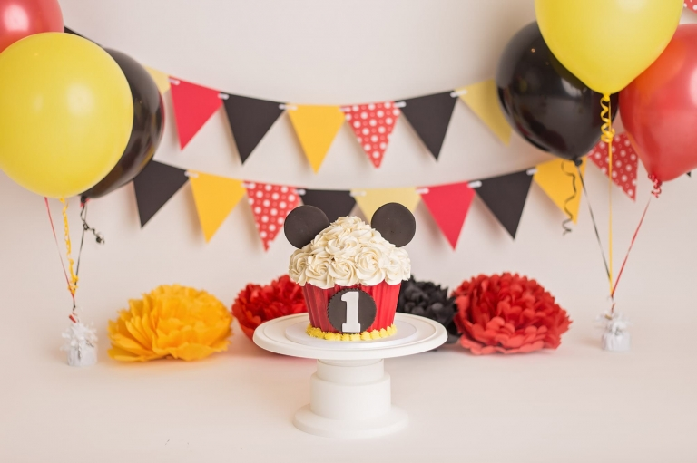 mickey mouse cake smash for baby boy yvonne leon photography