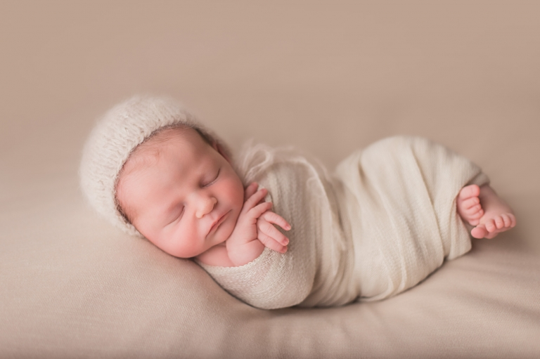 Nj newborn photographer specializing in studio newborn and baby photography that is classic and timeless